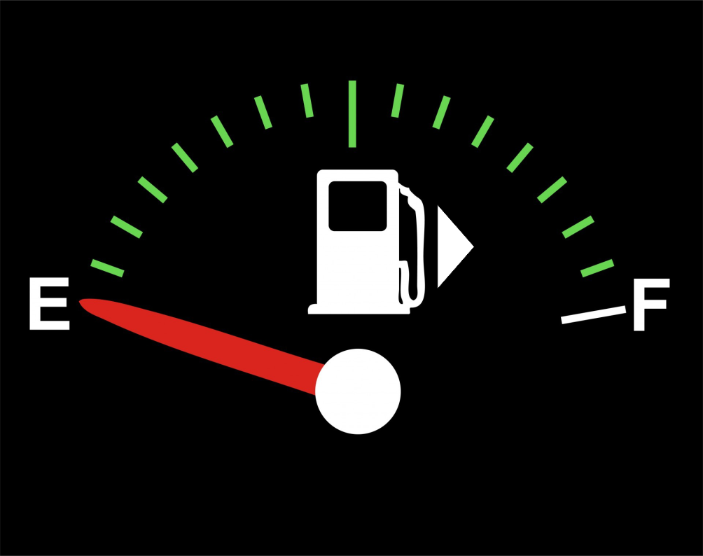 Arrow in Fuel Gauge shows the fuel cap is located on the right side of the vehicle.